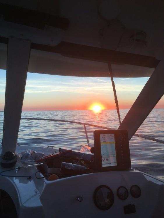 Location bateau Menton pas cher Pacific Craft 660 Timonier