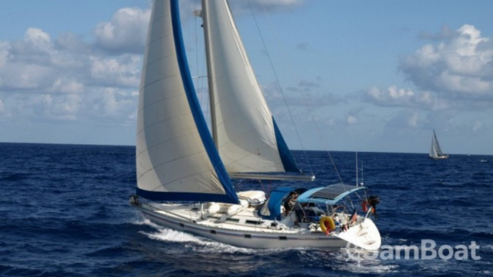 Hire Sailboat with or without skipper Jeanneau Pointe-à-Pitre