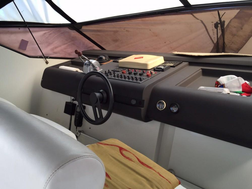 Location Yacht Pershing avec permis