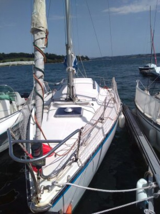 Hire Sailboat with or without skipper Kelt Arvieu