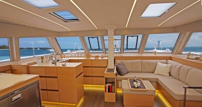 Location Catamaran à Le Marin - Nautitech Nautitech 46