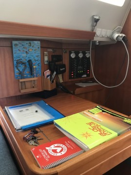 Elan Impression 384 tra personale e professionale Marina Baie des Anges