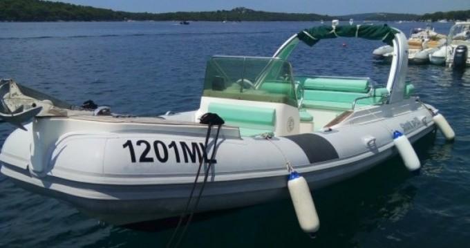 Location bateau Grginić Shark 23 à Mali Lošinj sur Samboat