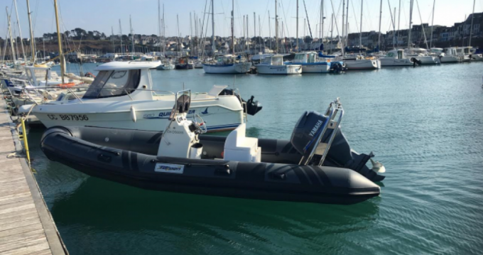 Louer Semi-rigide avec ou sans skipper Nevisa à Brest