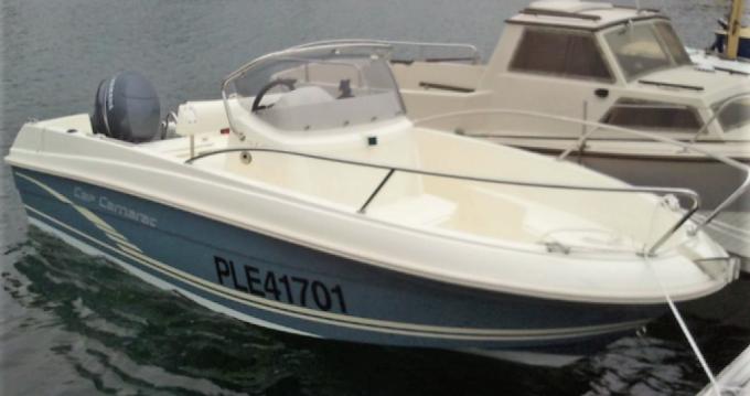 Location bateau Jeanneau Cap Camarat 5.1 CC Style à Perros-Guirec sur Samboat