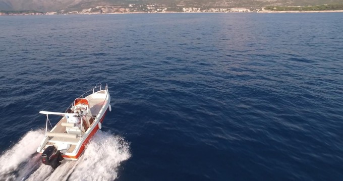 Blu-Blu Rascala 17 entre particuliers et professionnel à Dubrovnik