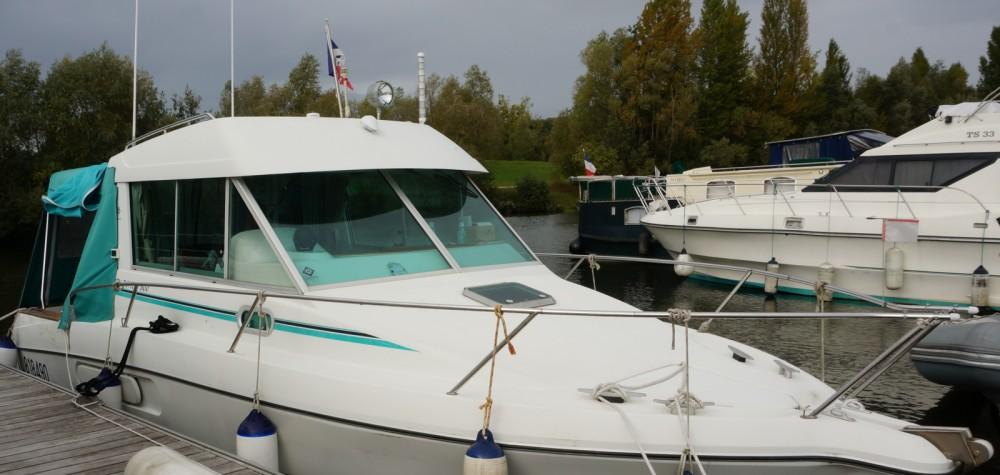 Motorboot mieten in Verneuil-sur-Seine zum besten Preis
