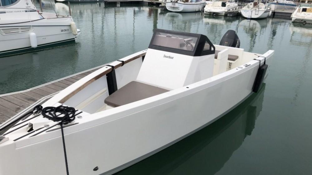 Location bateau La Rochelle pas cher Smartboat 23