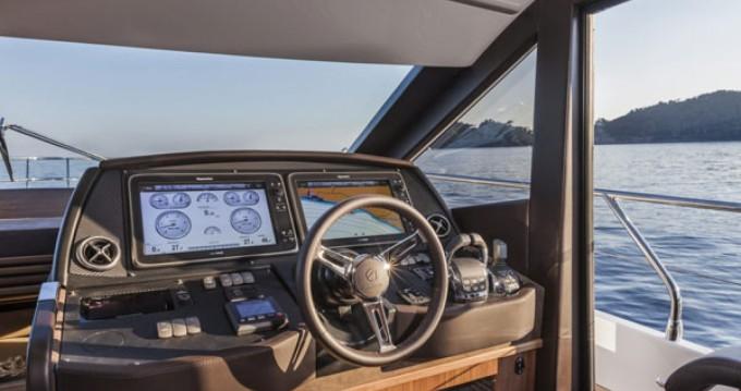 Louez un Absolute Yachts Absolute 52 Fly à Palma de Majorque