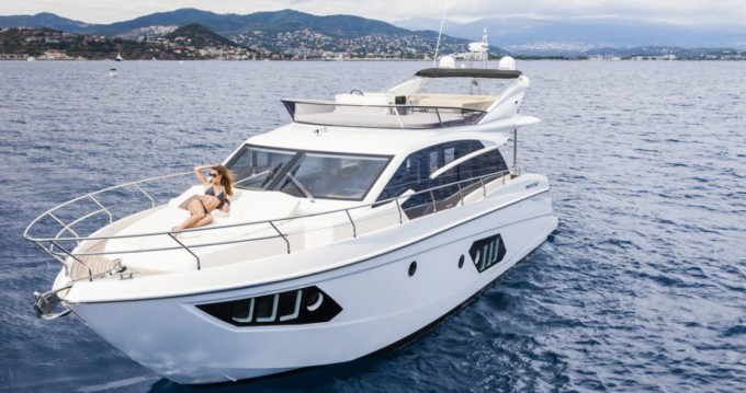 Absolute Yachts Absolute 52 Fly entre particuliers et professionnel à Palma de Majorque