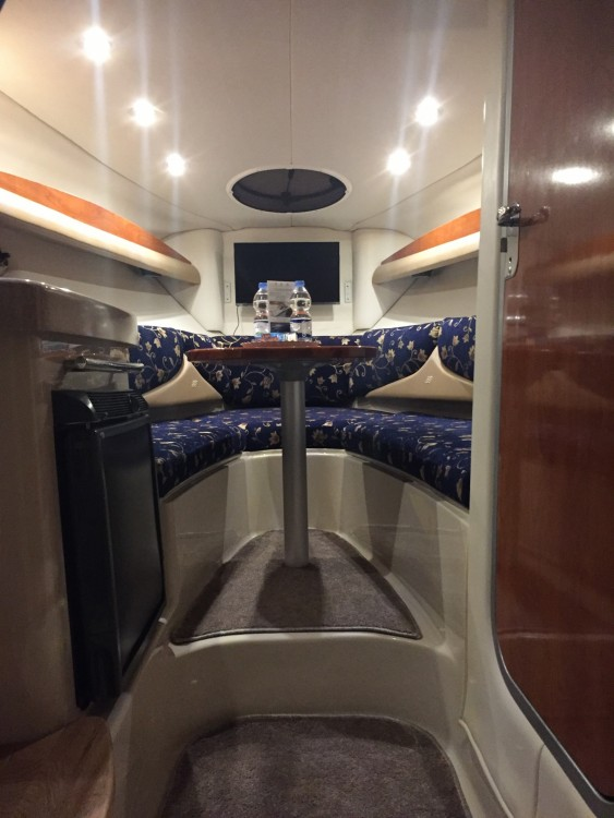Noleggio Barca a motore con o senza skipper Four Winns Zara