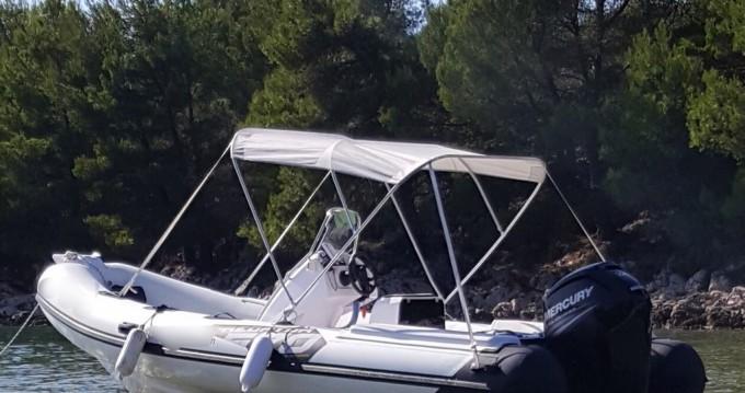 Location bateau Italboats Predator 570 à Zadar sur Samboat