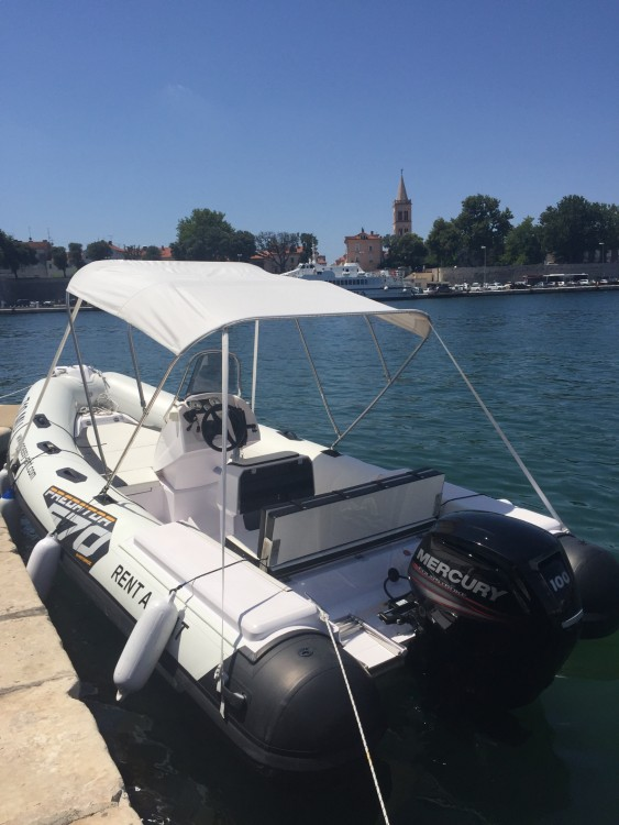 Boat rental Italboats Predator 570 in Zadar on Samboat