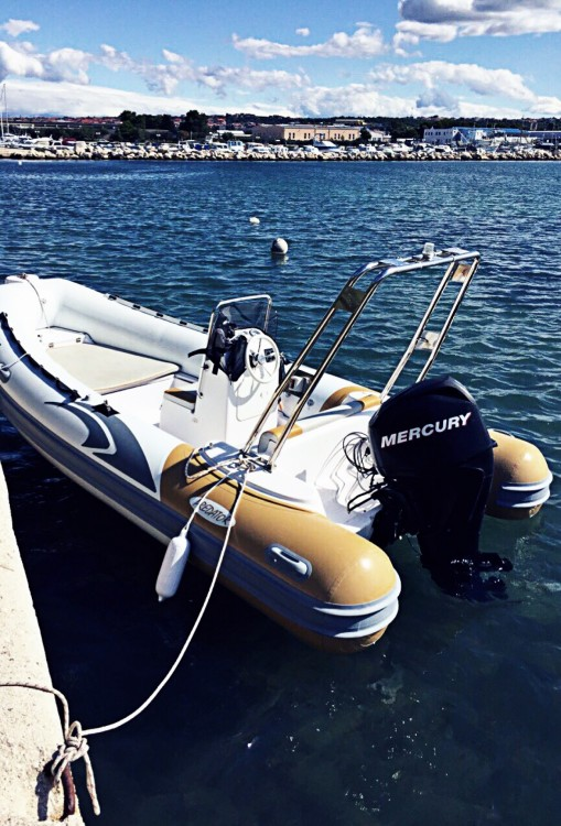 Italboats Predator 490 entre particuliers et professionnel à Zadar