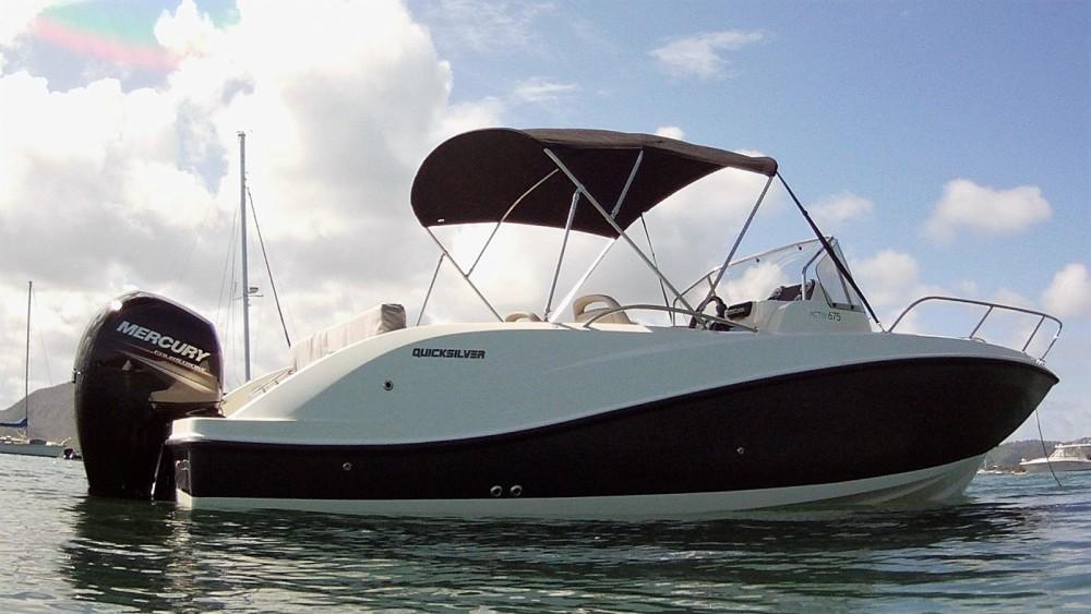 Location yacht à Le Marin - Quicksilver Activ 675 Sundeck sur SamBoat