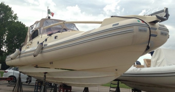 Location bateau Solemar Oceanic 33 à Porto Badino sur Samboat