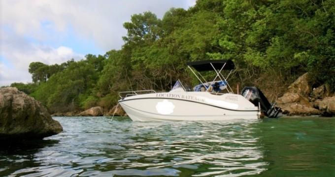 Location bateau Sainte-Anne pas cher Activ 555 Open