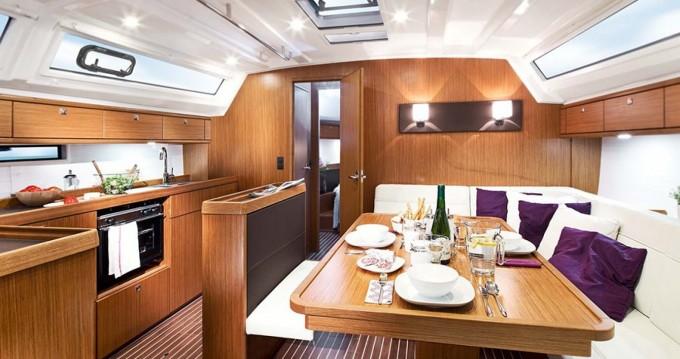 Alquiler de yate Μαρίνα Αλίμου - Bavaria Cruiser 46 en SamBoat