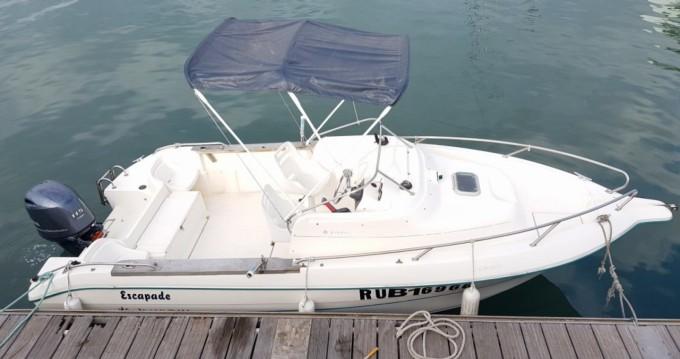 Location bateau Jeanneau Cap Camarat 615 WA à Rivière des Galets sur Samboat