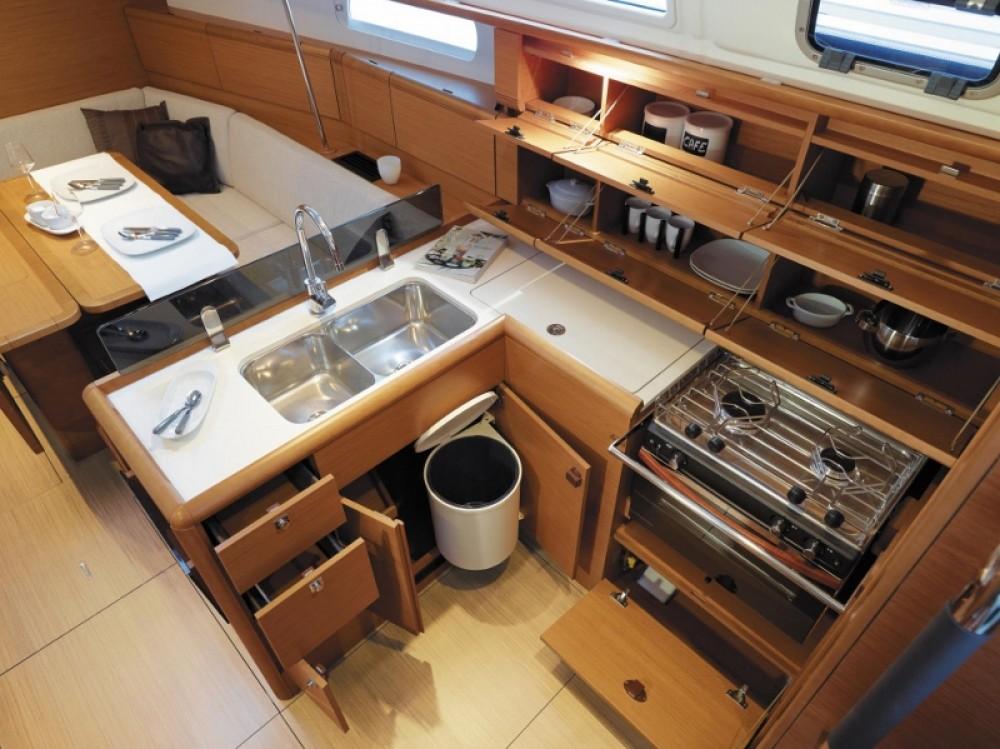 Huur Zeilboot met of zonder schipper Jeanneau in Rhodos