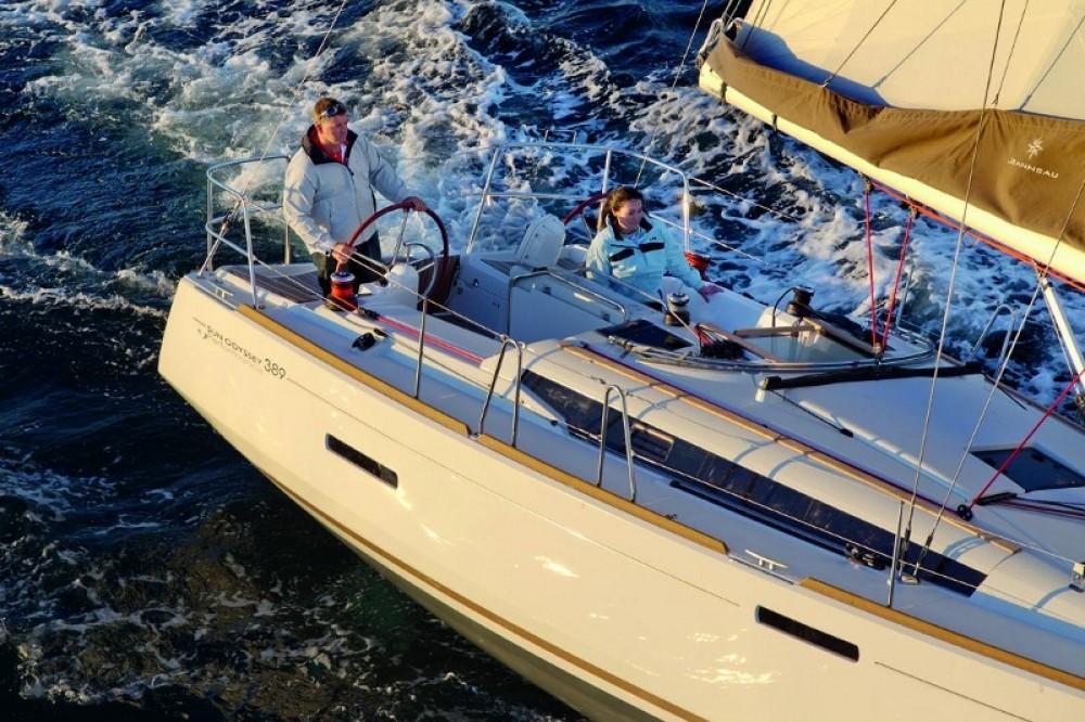 Bootverhuur Jeanneau Sun Odyssey 389 in Göcek via SamBoat