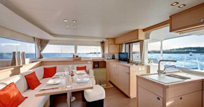 Louer Catamaran avec ou sans skipper Lagoon à Placencia