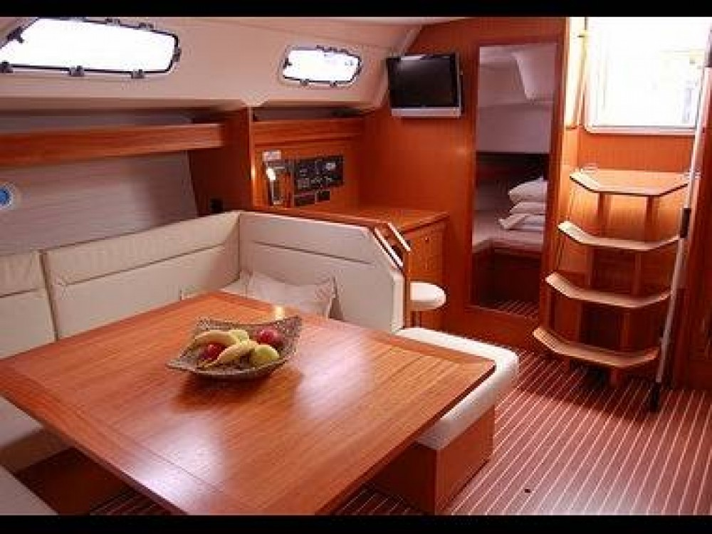 Rent a Bavaria Bavaria 47 Cruiser Croatia