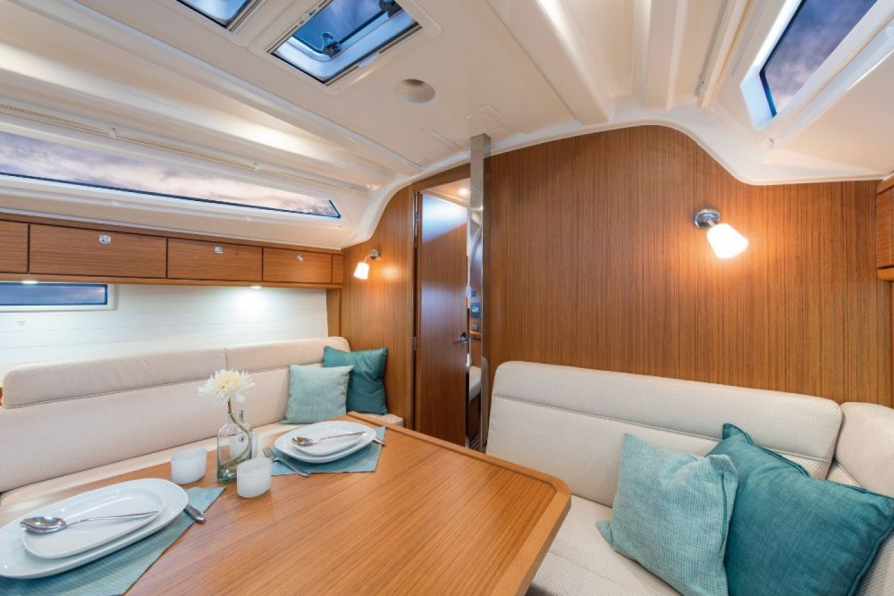 Rental yacht Croatia - Bavaria Bavaria Cruiser 37 - 3 cab. on SamBoat