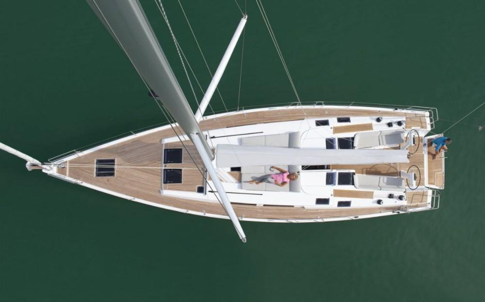 Boat rental Hanse Hanse 505 - 5 + 1 cab. in Croatia on Samboat