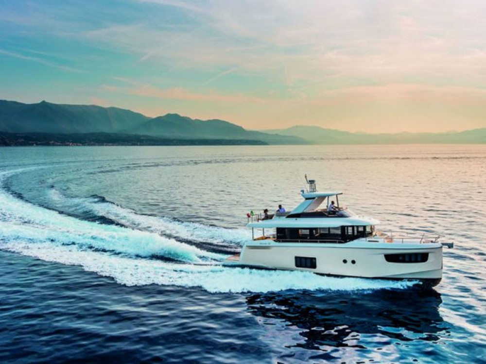 Rental Motor boat Absolute with a permit
