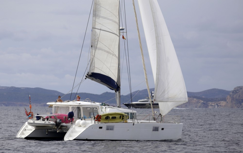 Rental Catamaran in Cannes - Lagoon Lagoon 440