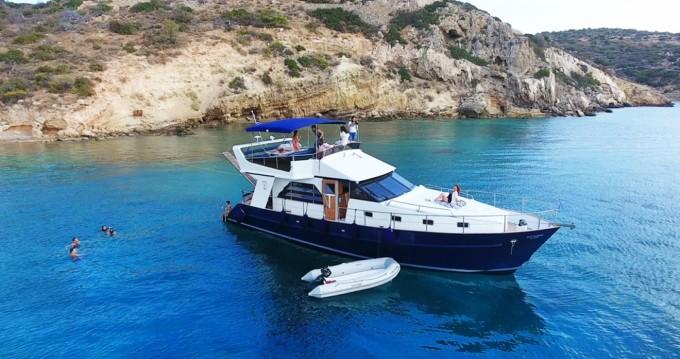 Yacht-Charter in Μαρίνα Αλίμου - BRUCE ROBERTS WAVE RUNNER 50 auf SamBoat