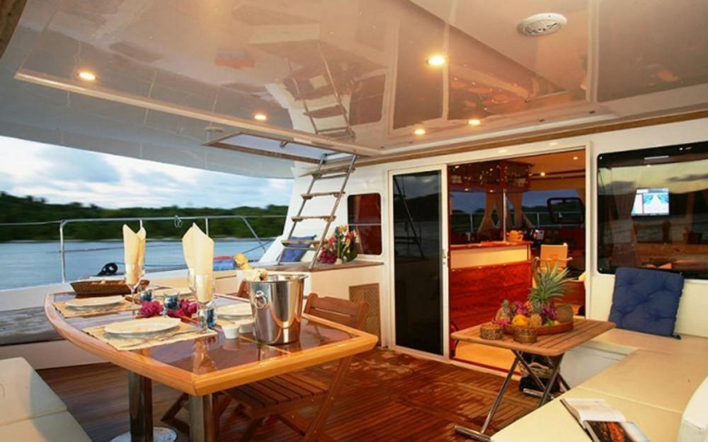 Location Catamaran Sunreef avec permis