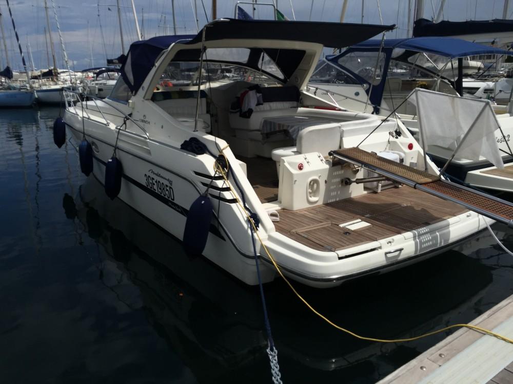 Noleggio Barca a motore Cranchi con un permesso di