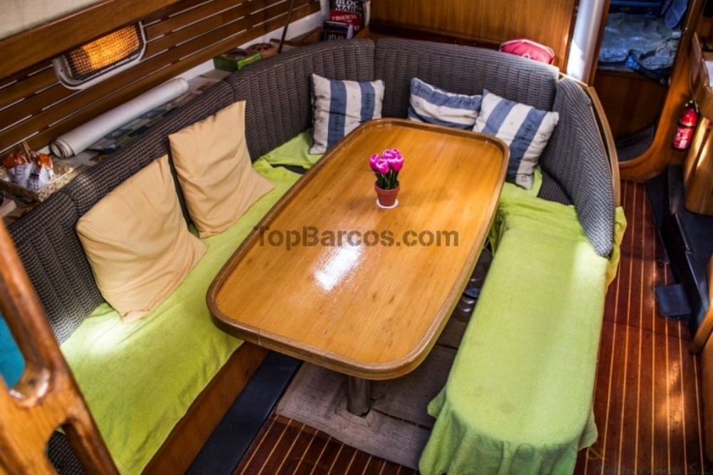 Rental Sailboat in Ayamonte - Kirie Feeling 346