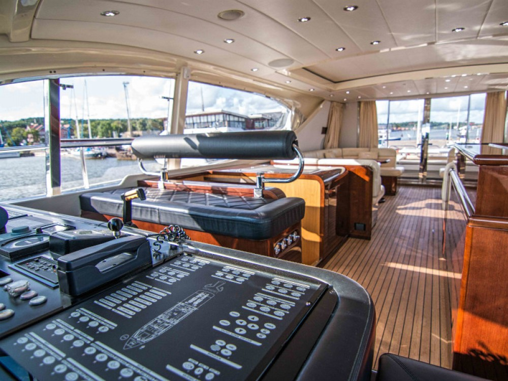 Rental Yacht in Klaipėda -  Leopard 24M