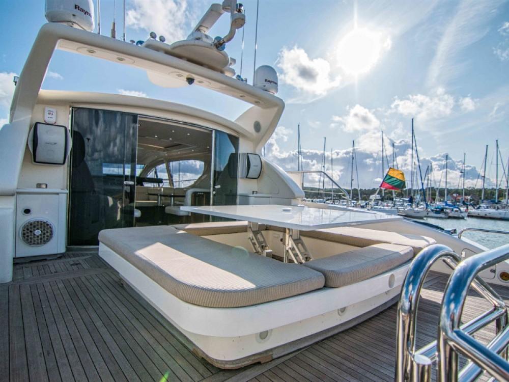 Boat rental Klaipėda cheap Leopard 24M