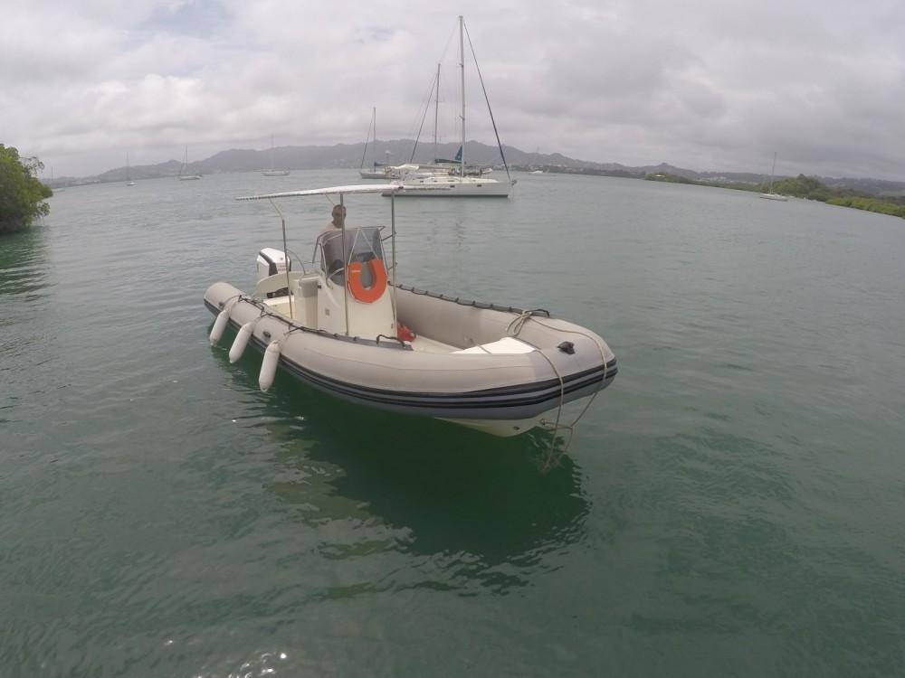 Location bateau Capelli Tempest 700 à Le Robert sur Samboat