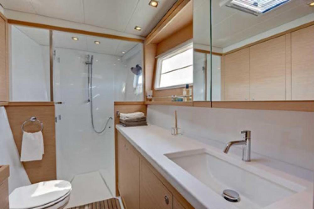 Boat rental Saint-Georges cheap Lagoon 450