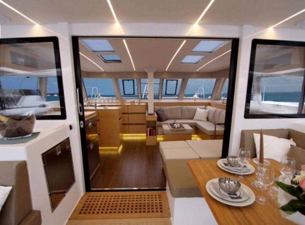 Location bateau Placencia pas cher Nautitech 46 Open