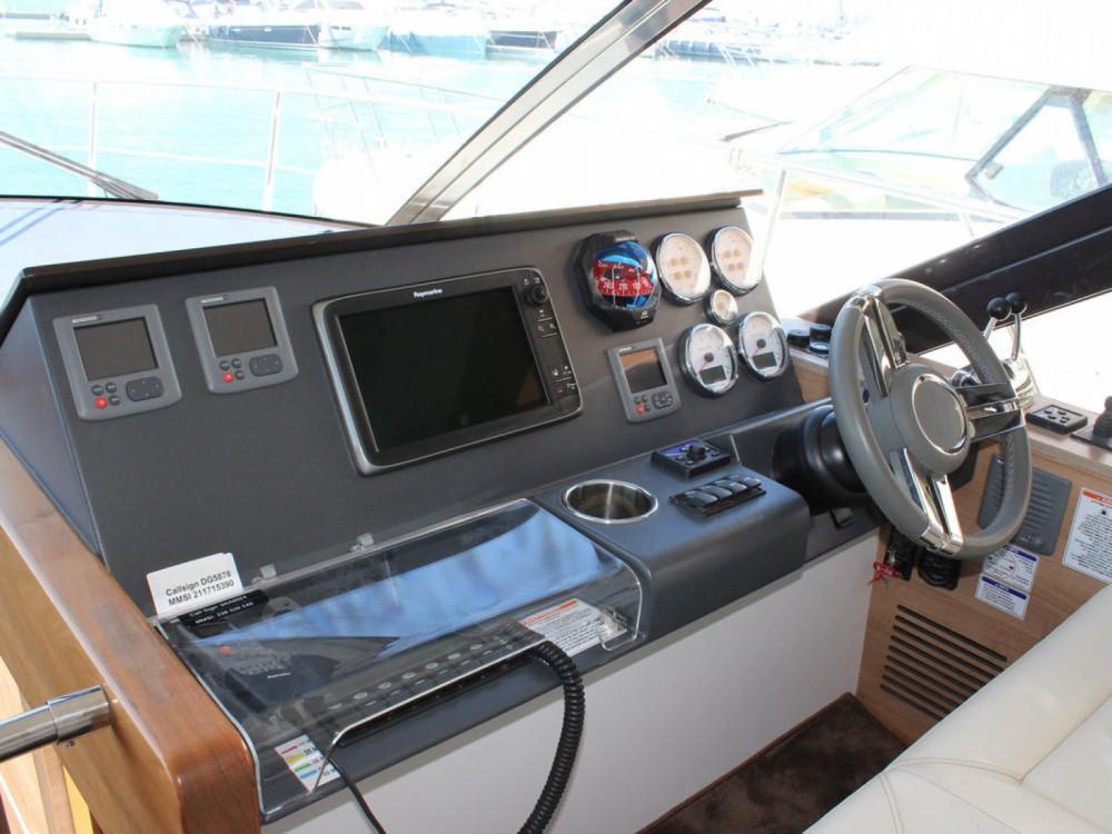 Rental yacht Marina Baotić - Sealine Sealine F 450 on SamBoat