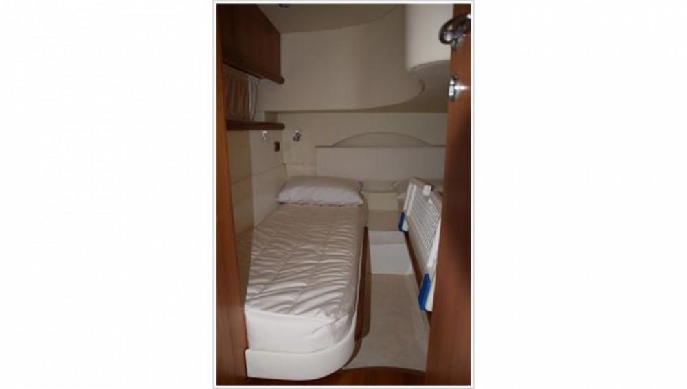 Noleggio barche Monfalcone economico Blu Martin 1350 Sun Top