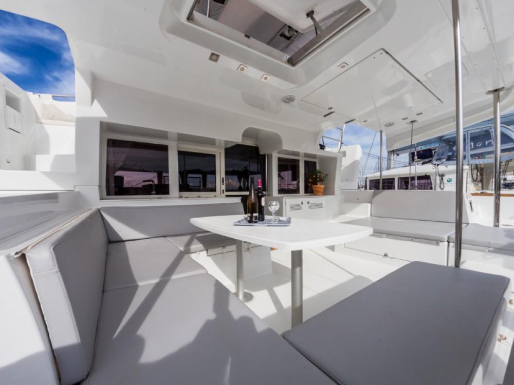 Location bateau Marina Gouvia pas cher Lagoon 450