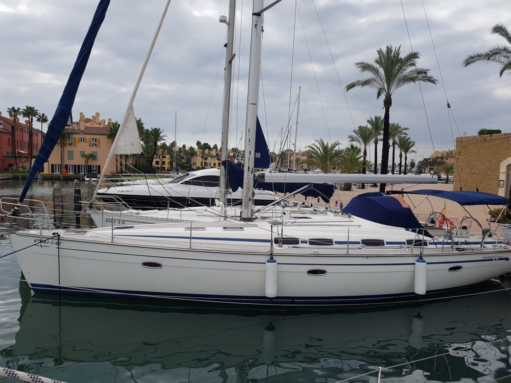 Sailboat for rent San Roque at the best price