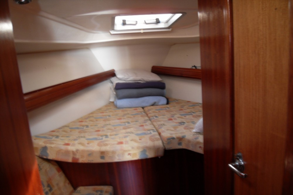 Hire Sailboat with or without skipper Bavaria Marina de Alimos