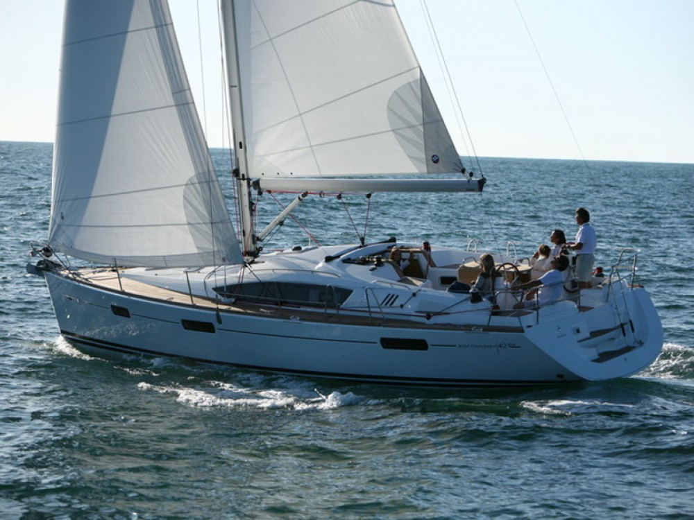 Jeanneau Sun Odyssey 42DS between personal and professional Alimos Marina