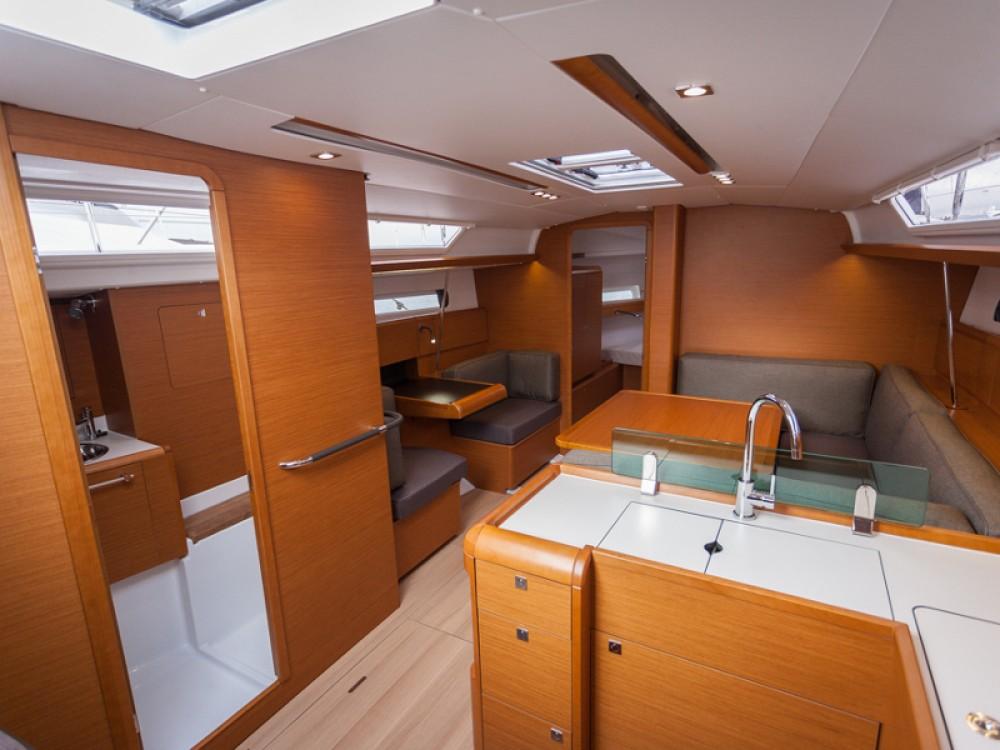 Rental yacht Kos - Jeanneau Sun Odyssey 419 on SamBoat