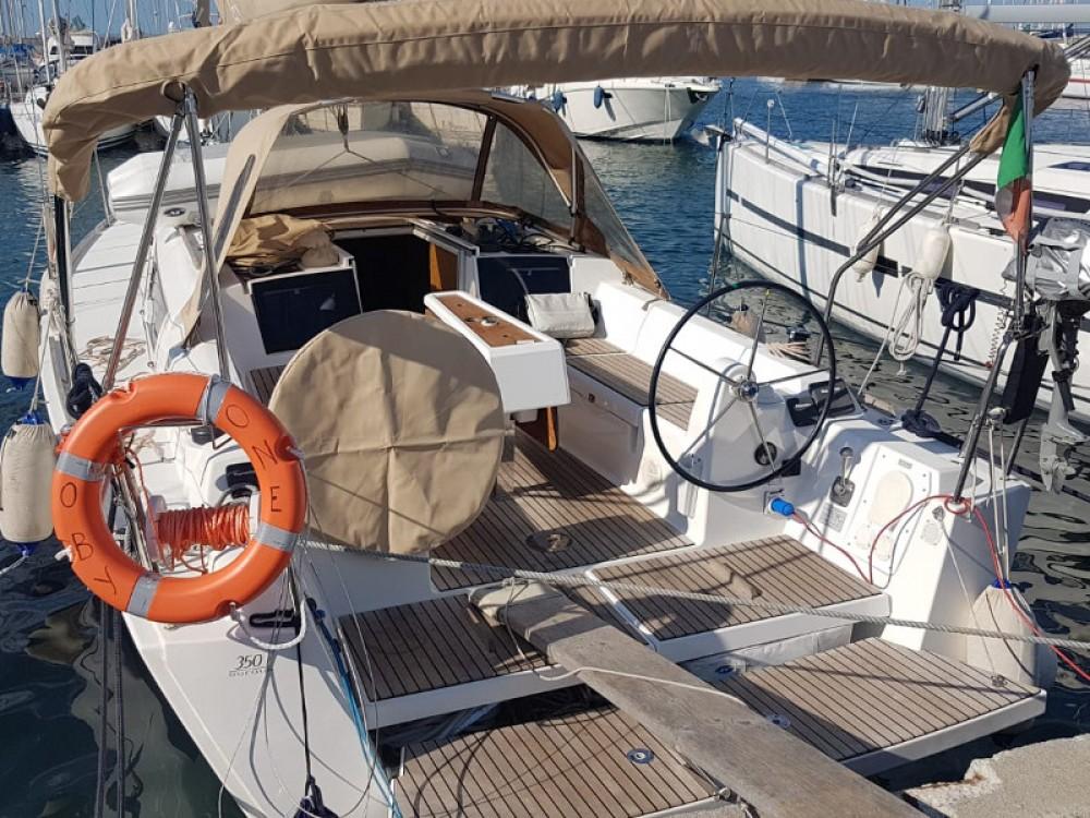 Location bateau Dufour Dufour 350 Grand Large à  sur Samboat