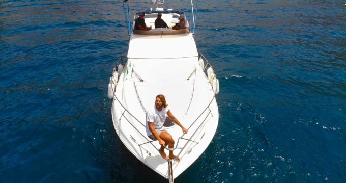 Location bateau Fairline Phantom 38 à Puerto de Mogán sur Samboat