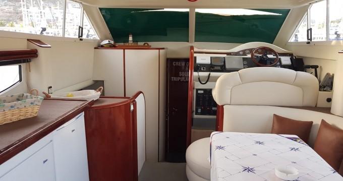 Louez un Fairline Phantom 38 à Puerto de Mogán
